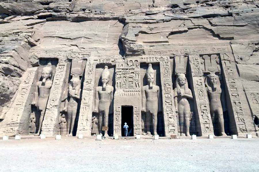Aswan | Private Day Tour To Abu Simbel Temples