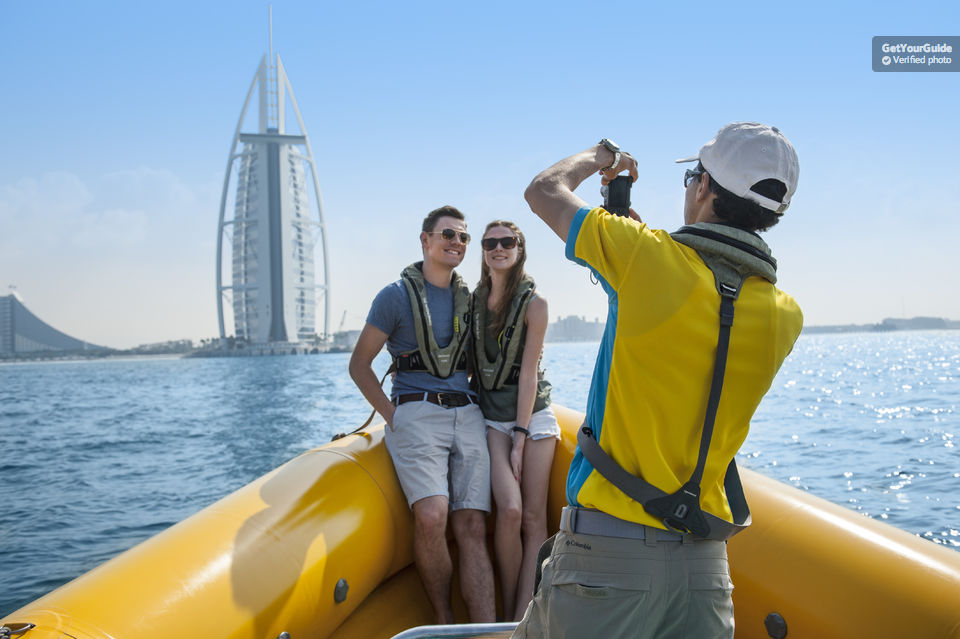 Dubai   75 - 90 Minute Guided Sightseeing Boat Tour